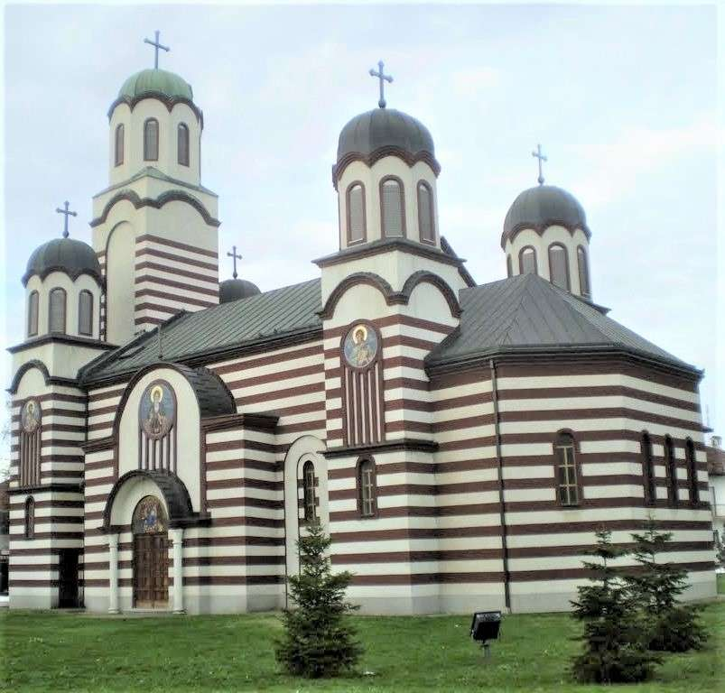 Drenovci Church Chorvatsko (12×12)
