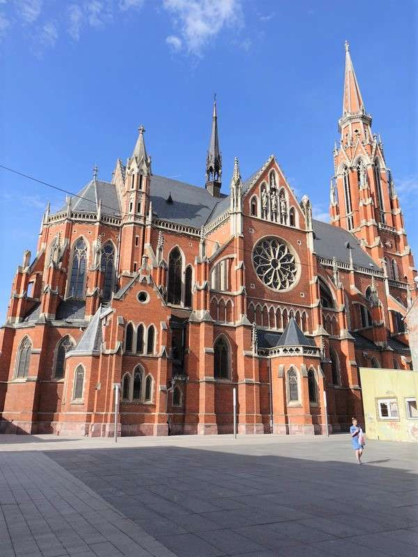 Osijek novogotický kostel svatého Petra Chorvatsko (9×12)