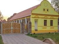 Osijek Yellow House Croácia