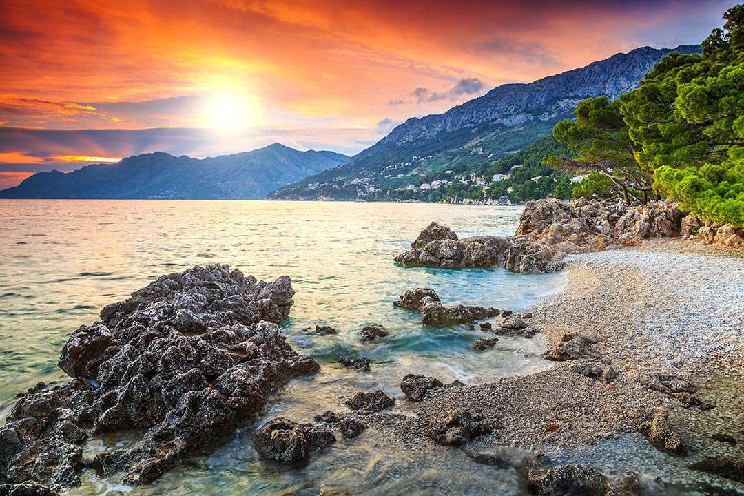 Peisajul de coastă al Croației (16×11)