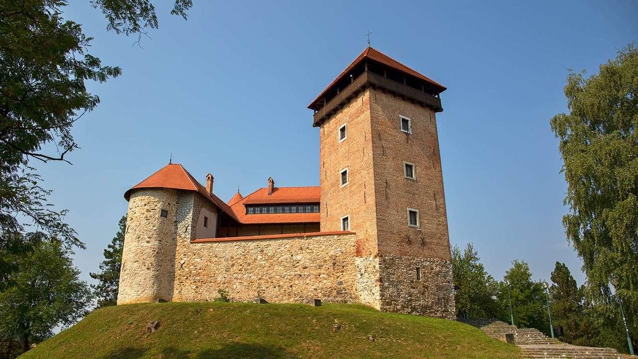Hrad Karlovac Dubovac Chorvatsko (17×10)