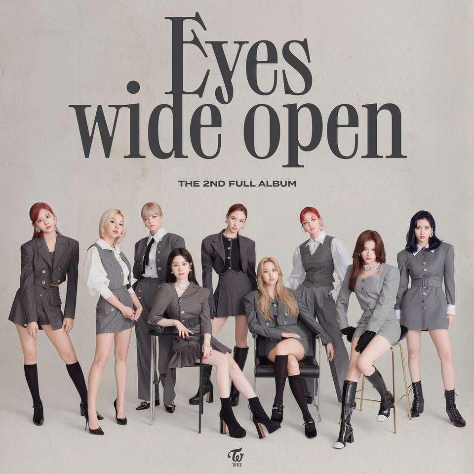 Duas vezes - Olhos bem abertos - Um álbum de música sul-coreana (11×11)