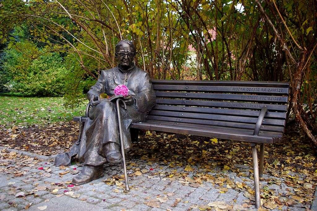 Pomnik ks. Jana Twardowskiego