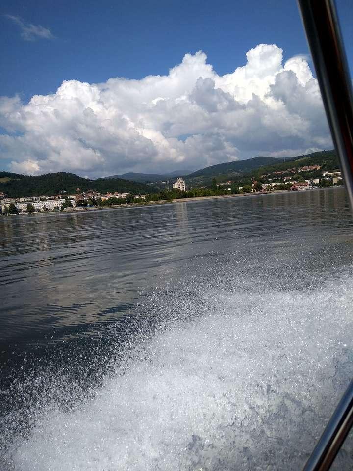 На Дунава - Разходка по Дунава с 40 км в час (9×12)