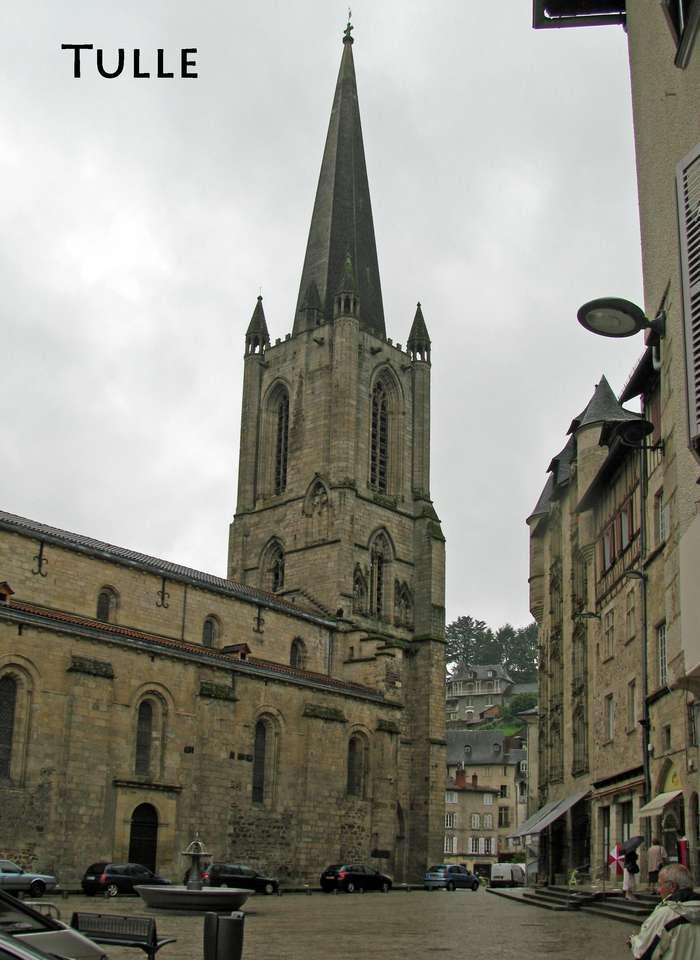 η εκκλησία του Tulle - εκκλησία του Tulle στο Corrèze (8×12)