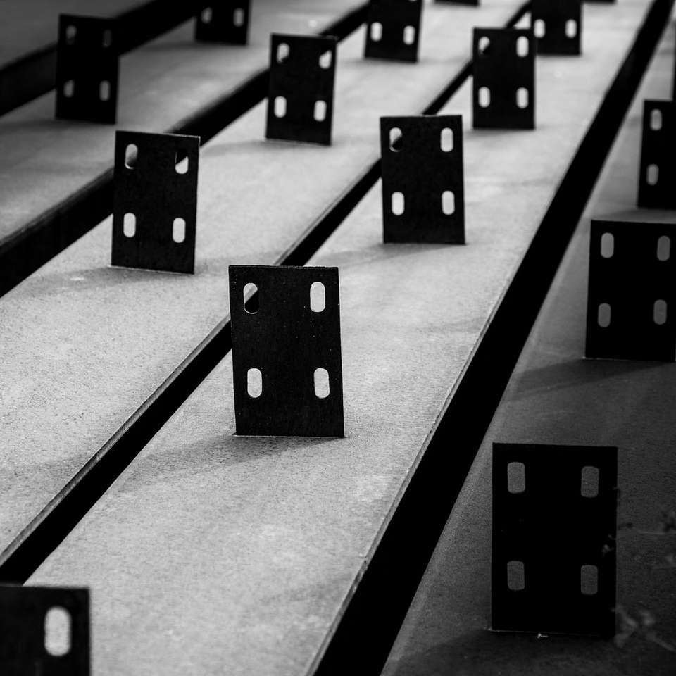 czarno-białe kwadratowe bloki - Teheran, prowincja Teheran, Iran (13×13)