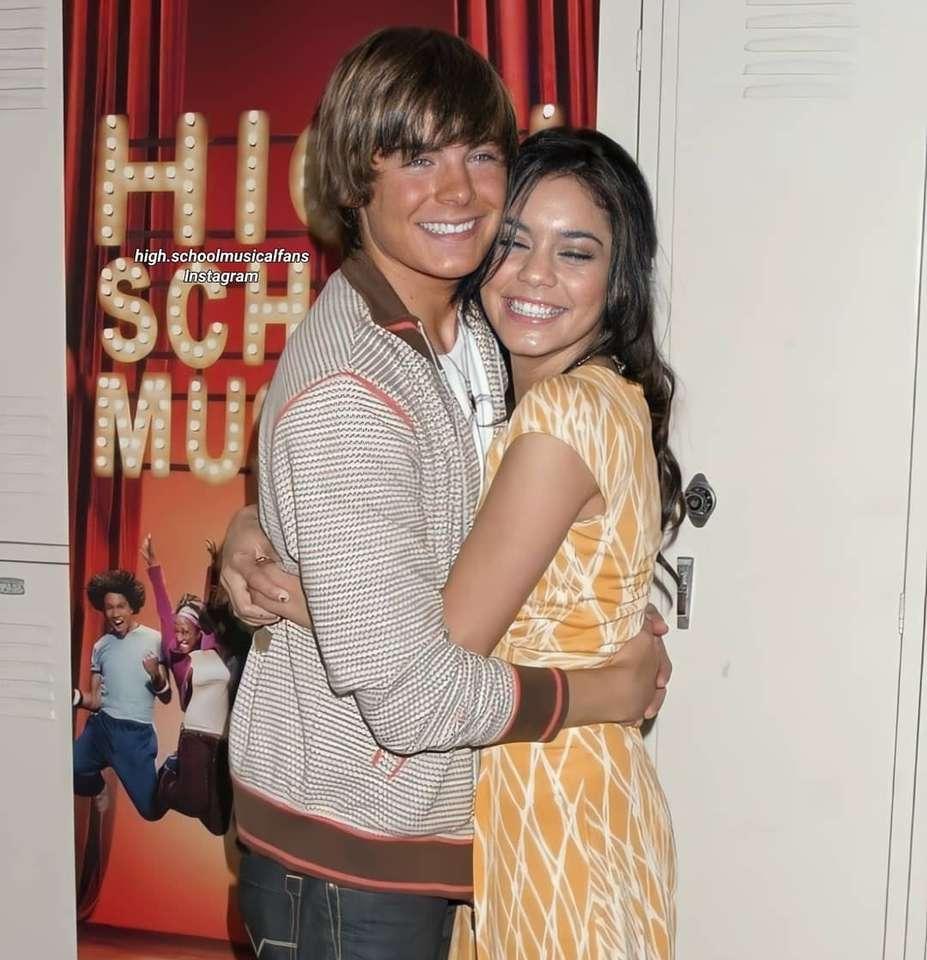 Troy Bolton a Gabriella Montez - Troy Bolton a Gabriella Montez z filmu High School Musical (2×3)