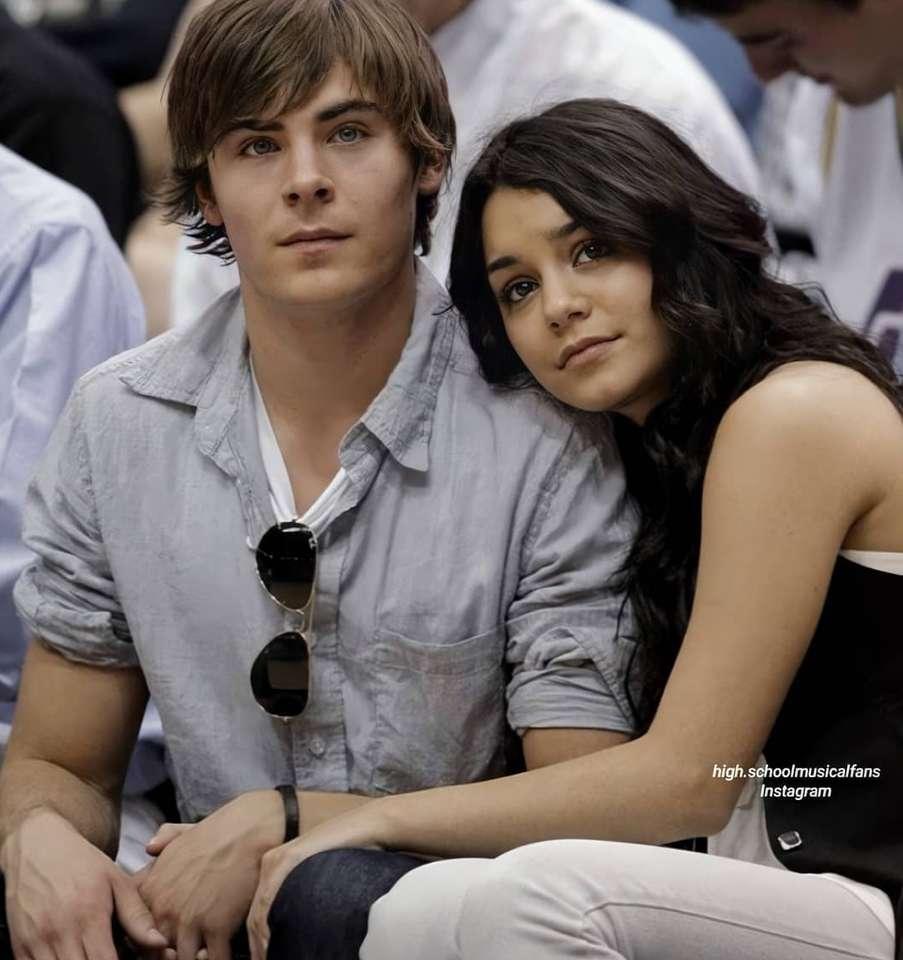 Troy Bolton a Gabriella Monte - Troy Bolton a Gabriella Montez z filmu High School Musical (3×4)