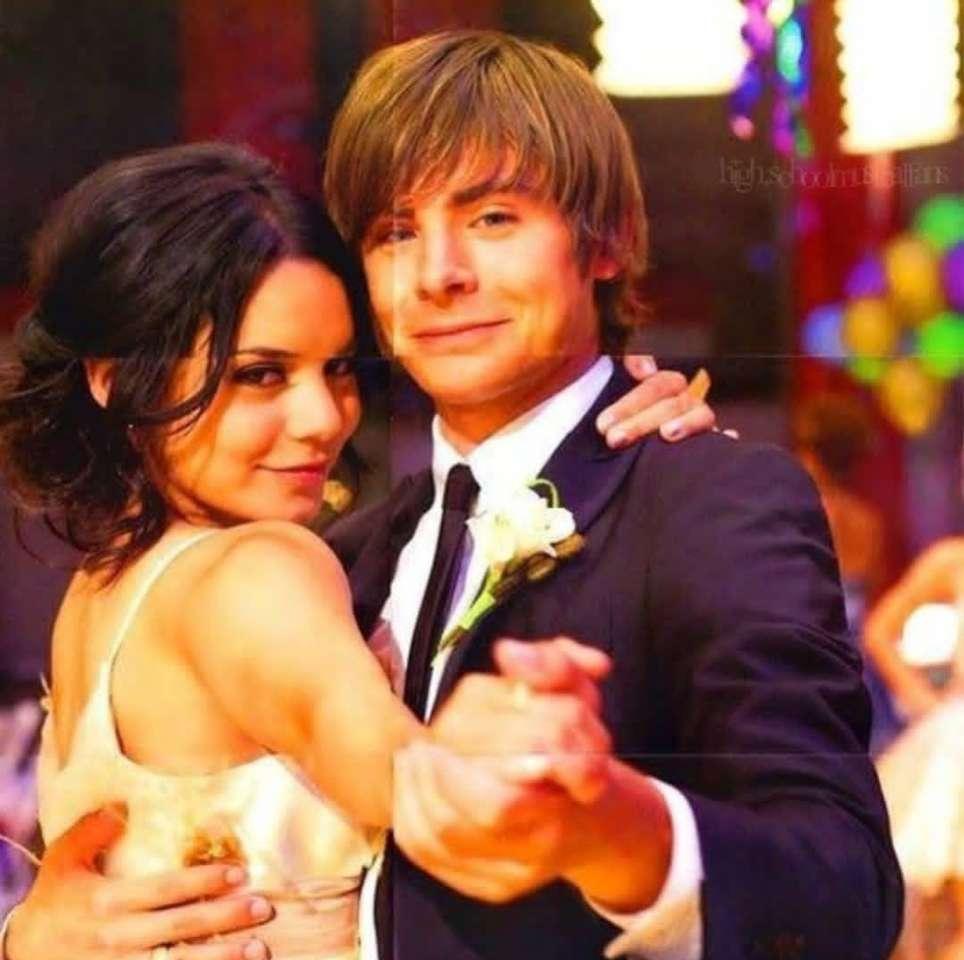 Troy Bolton a Gabriella Montez - Troy Bolton a Gabriella Montez z filmu High School Musical (2×2)