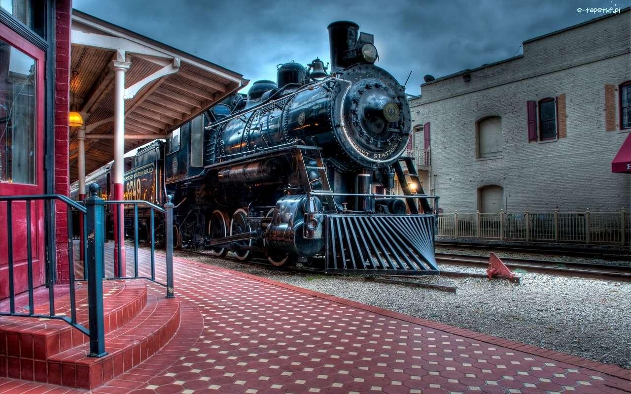 парен влак на платформата - м (14×9)