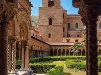 Монастир на Монреале Палермо Италия