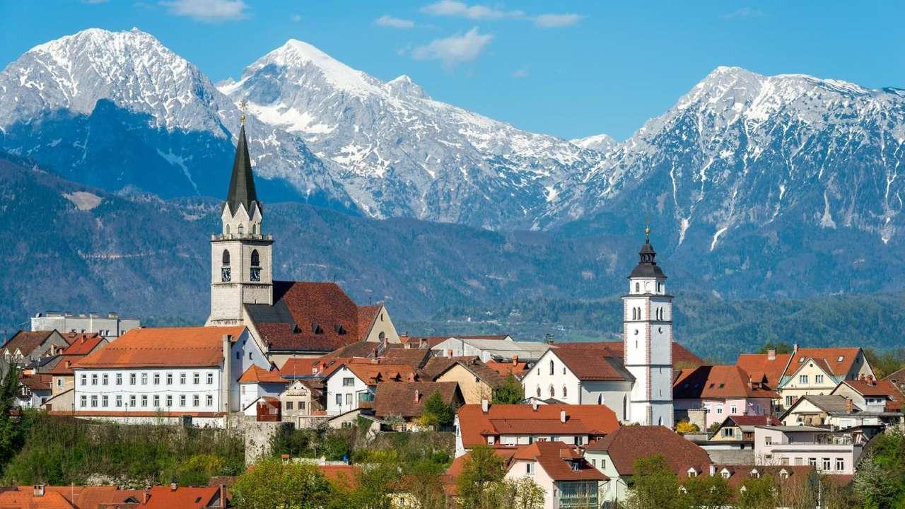 Ciudad de Kranj en Eslovenia (17×10)