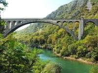 Старият мост на Нова Горица в Словения
