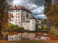 Grad Sneznik în Slovenia
