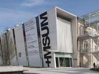 Музей за съвременно изкуство в Любляна