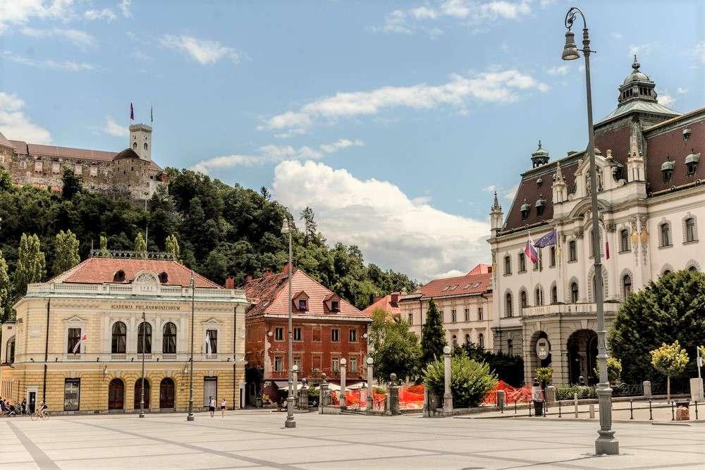 Ljubljana Congress Square Slovenia (16×11)