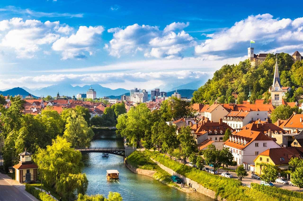 Liubliana, capital de Eslovenia (16×11)