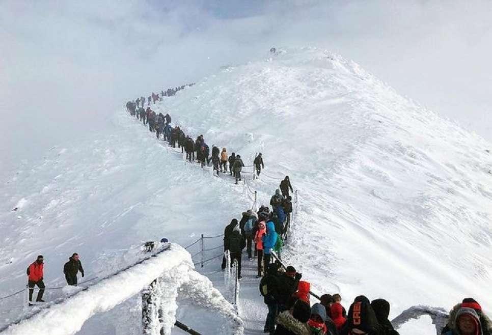 Пътуване до Снежка - Пейзажен пъзел (11×8)