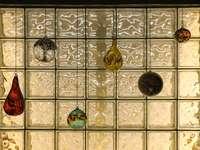 decoração de vidro marrom e azul