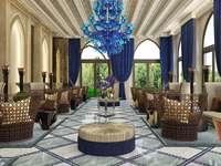 интериор на терасата на хотела