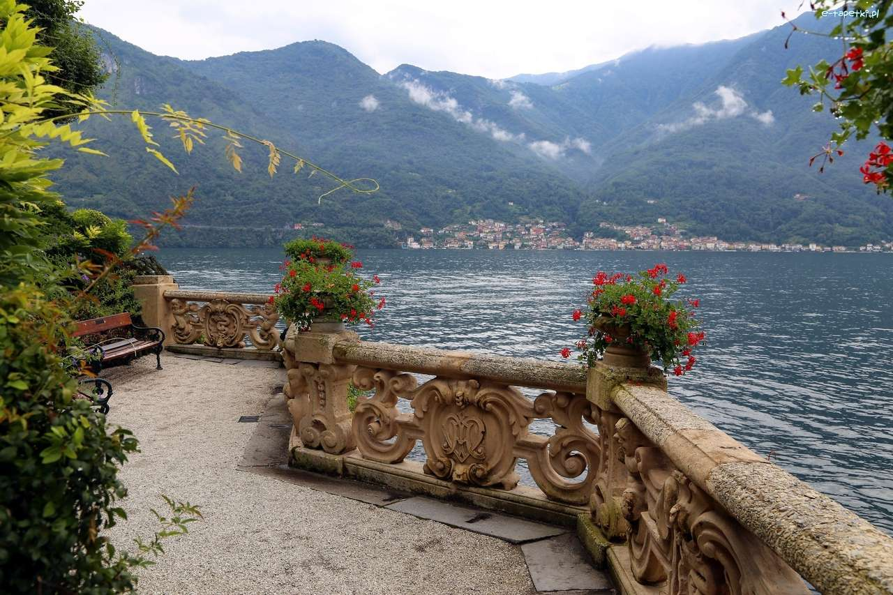 utsikt från terrassen - m (13×9)