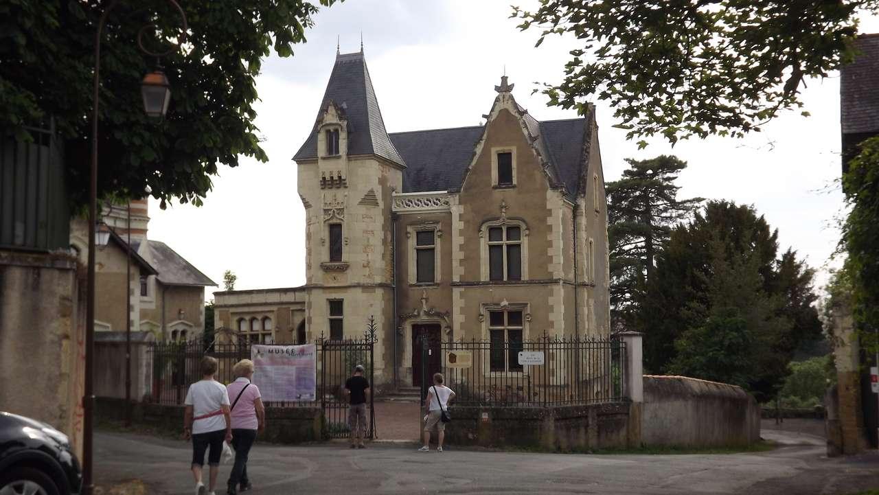 CIDADE DE THOUARS - MUSEU E ANTIGO HOTEL DO DOUTOR Henri Barré (14×8)