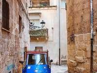 Transport moto Piaggio Italie