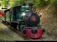 train-steam locomotive