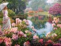 widoczek w parku wśród kwiatów