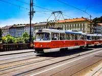 Πράγα στο κέντρο της πόλης τρένο της Τσεχίας