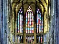 Παράθυρο βιτρό στον καθεδρικό ναό του Αγίου Βίτου