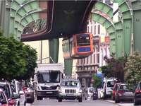 Wuppertal окачване железопътна