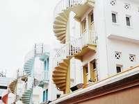 escaleras de colores en singapur