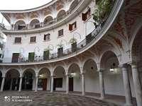 Cabildo Square i Sevilla