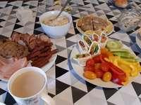mic dejun pentru întreaga familie