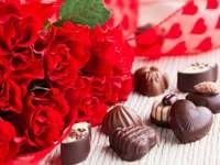 червени рози и шоколади