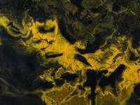 pictura abstracta maro si negru