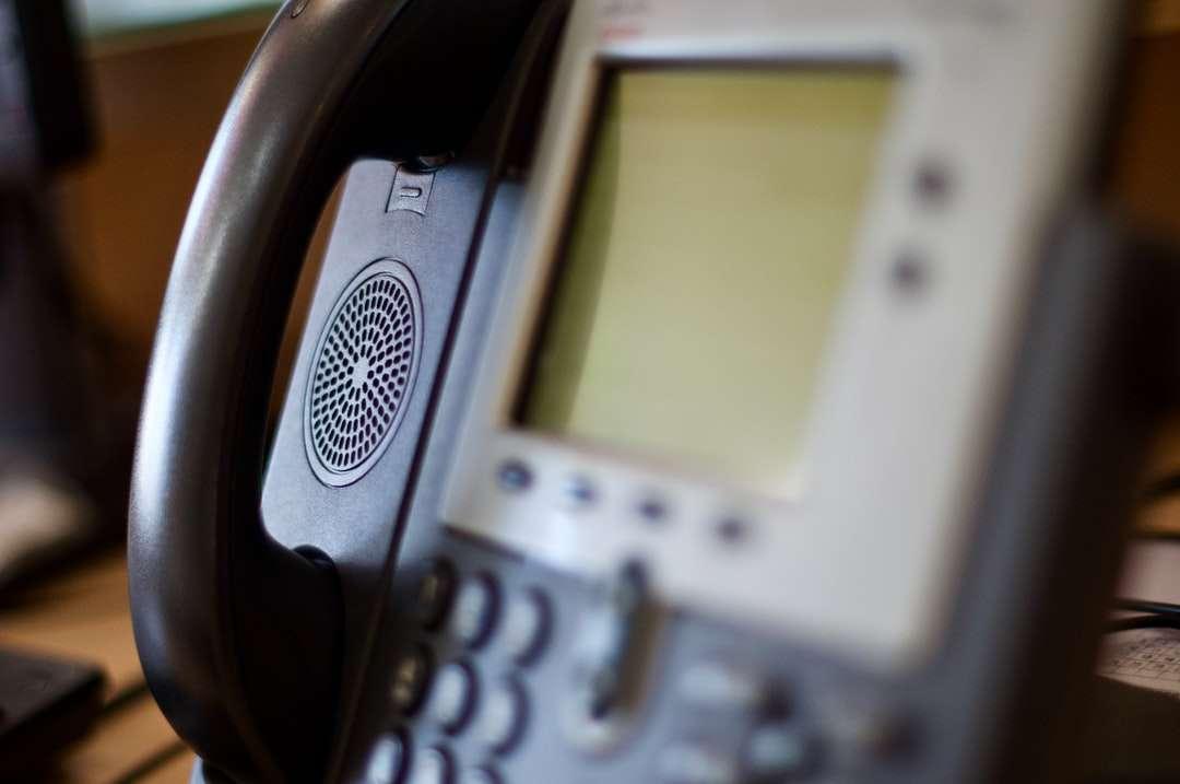 черен и сив ip телефон - Служебен телефон. Тексас Toyota от Grapevine, East State Highway 114, Grapevine, TX, САЩ (6×4)