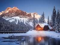 jezero v kanadě