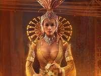азиатска жена