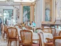Гамбринус кафе Неапол Италия