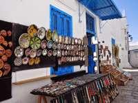 calle en túnez