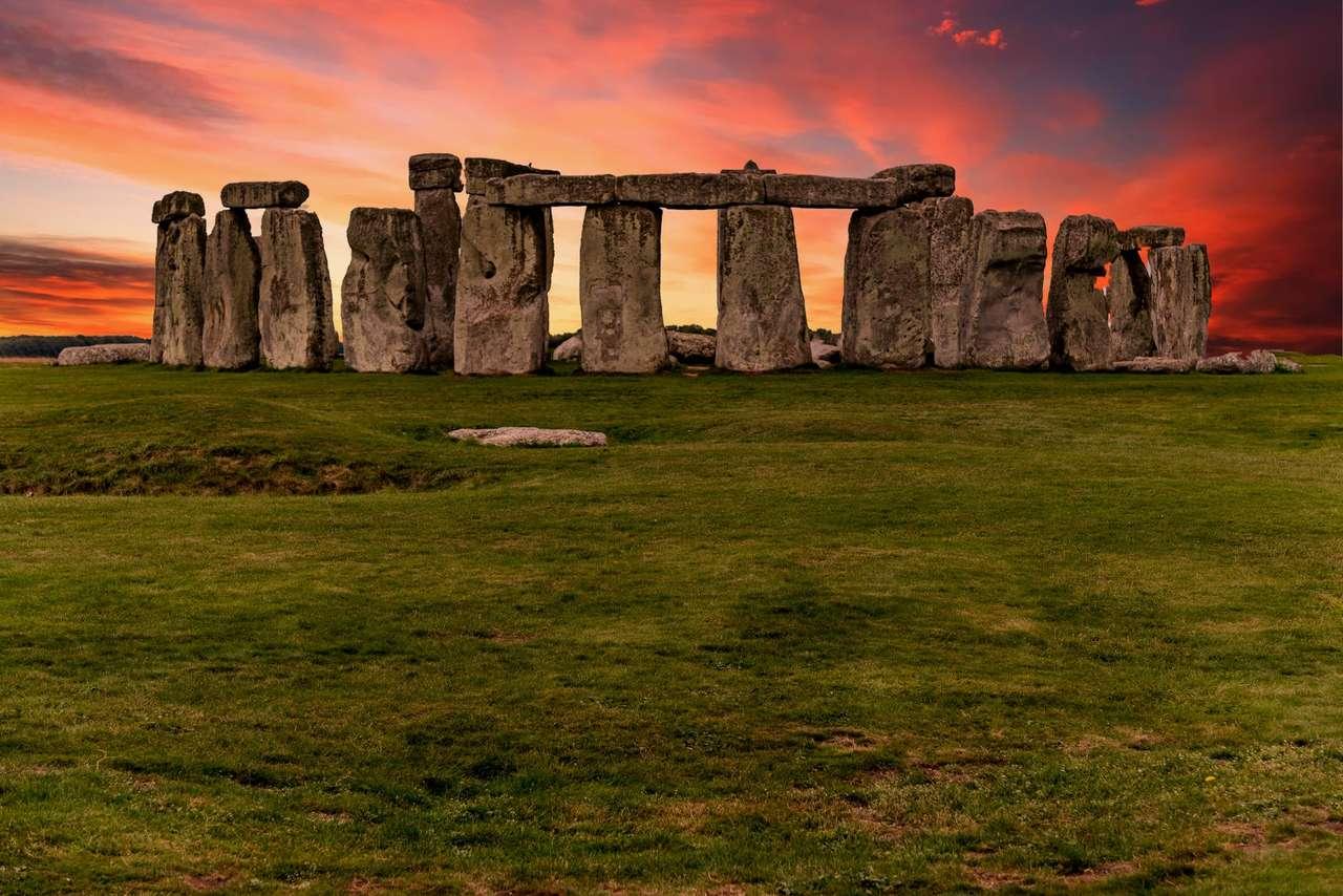 Pietre spirituale - un răsărit de soare pe impresionantele pietre spirituale undeva în lume (20×14)