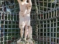 sculptură în Parcul Łańcut