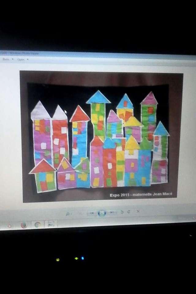 orasul ruxandrei - blocuri intr-un oras imaginat de un copil (8×12)