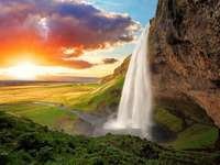 vodopád, západ slunce