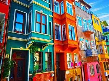 цветни сгради в Турция