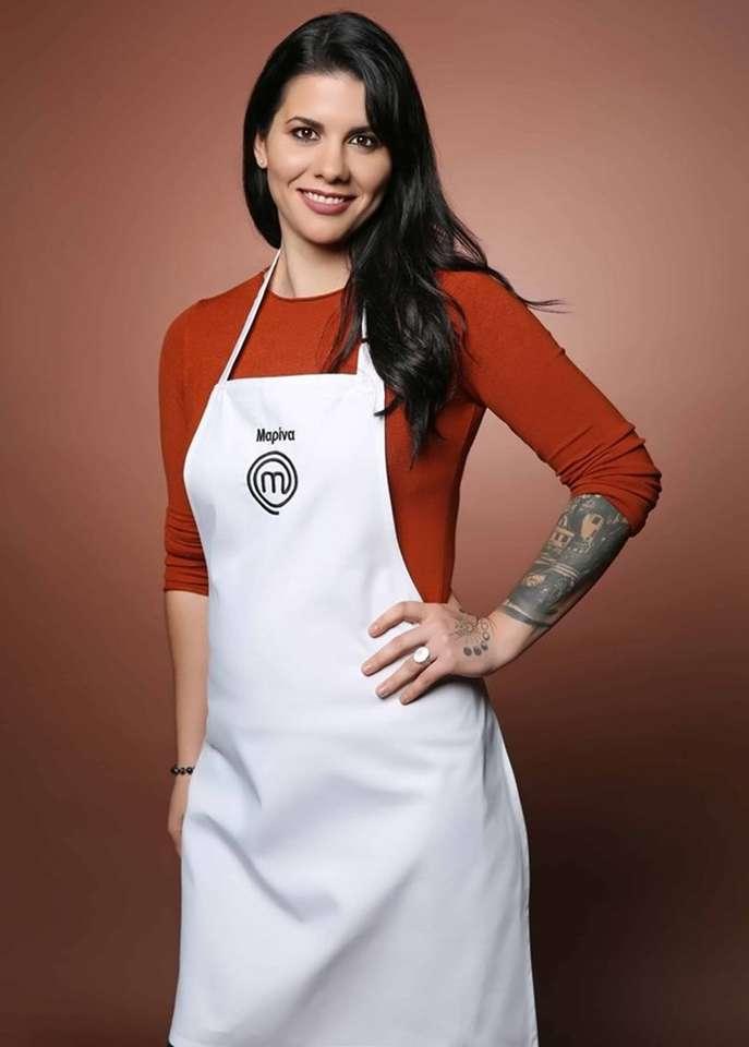 Maître de la marina - Marina est un chef cuisinier! Marina Demollai a commencé à cuisiner à la maison pour ses sœurs, car sa mère travaillait de longues heures. Il a 29 ans. Elle se déclare combattante de la vie, car (6×9)