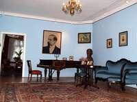 Музеят на Хенрик Сенкевич в Вола Окржейска