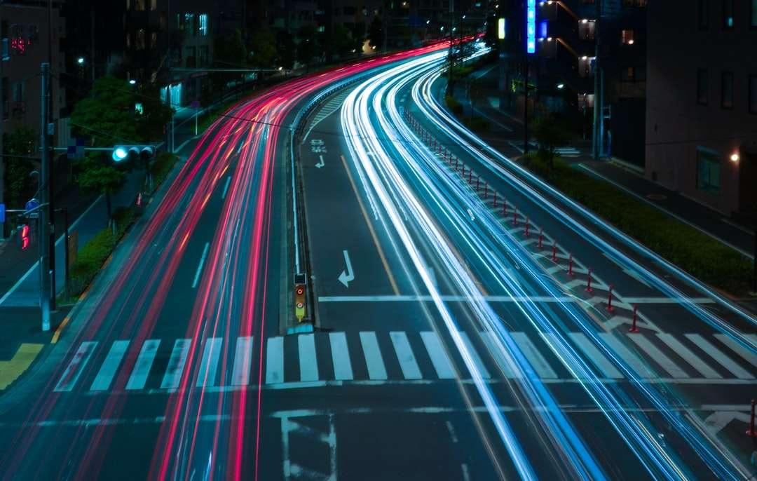 časosběrné fotografování automobilů na silnici v noci - Spojení Ohashi, Tokio, Japonsko (4×3)